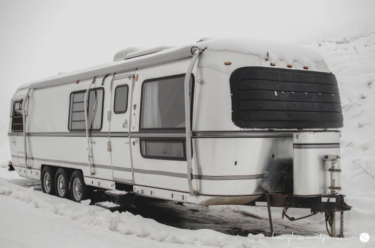 1988-34-avion-travel-trailer-renovation