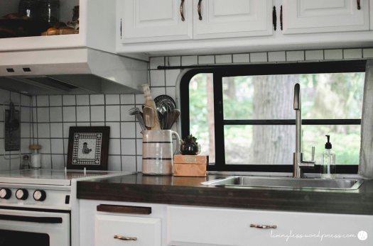 Avion Renovation Kitchen @ livingless.wordpress.com