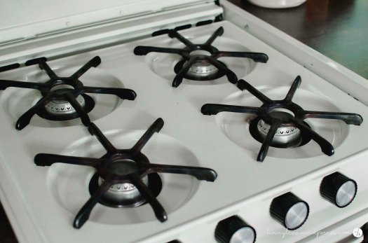 Avion Renovation Stove Top @ livingless.wordpress.com